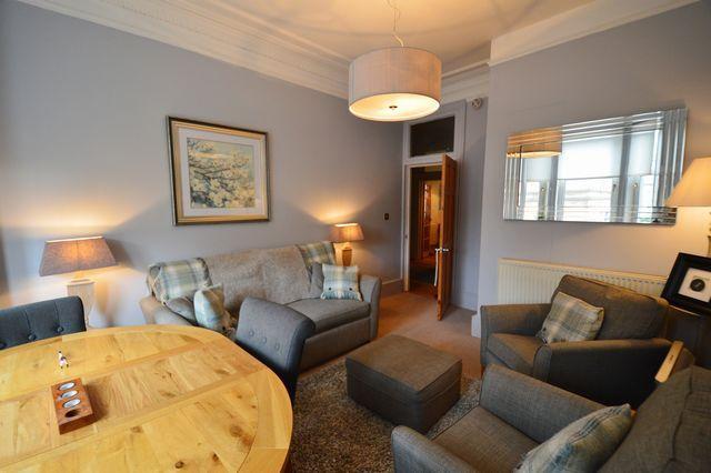 Thumbnail Flat to rent in Queen Margaret Drive, North Kelvinside, Glasgow, Lanarkshire