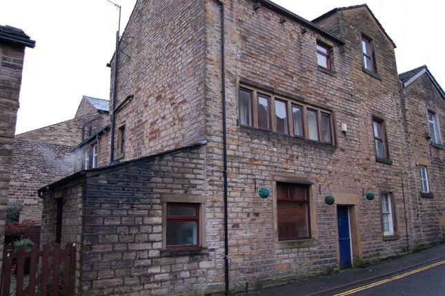 Thumbnail Terraced house to rent in Lawton Square, Delph, Oldham