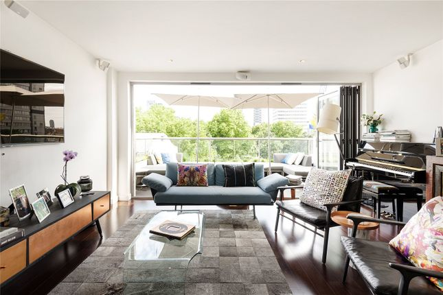 Thumbnail Flat to rent in Galileo Apartments, 48 Featherstone Street, London