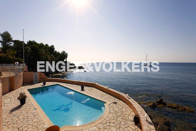 7 bed property for sale in Les Issambres, 83380 Roquebrune-Sur-Argens, France