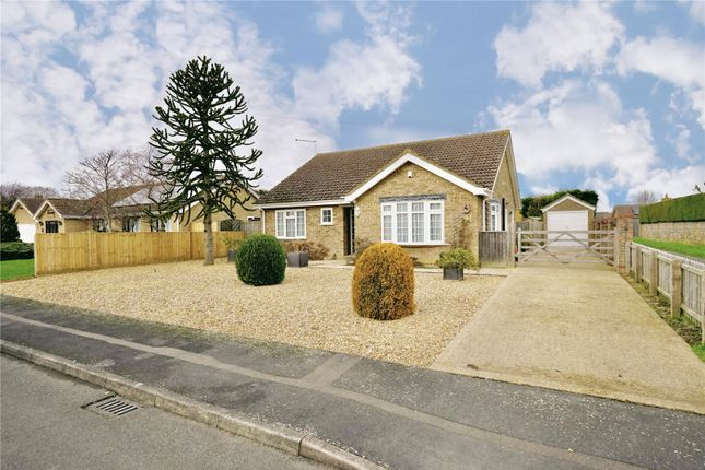 Thumbnail Bungalow for sale in Eastwood, Chatteris, Cambridgeshire