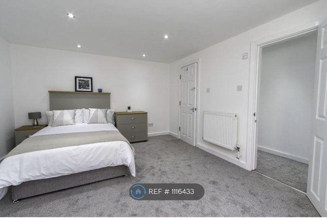 Thumbnail Room to rent in Hampden Lane, London