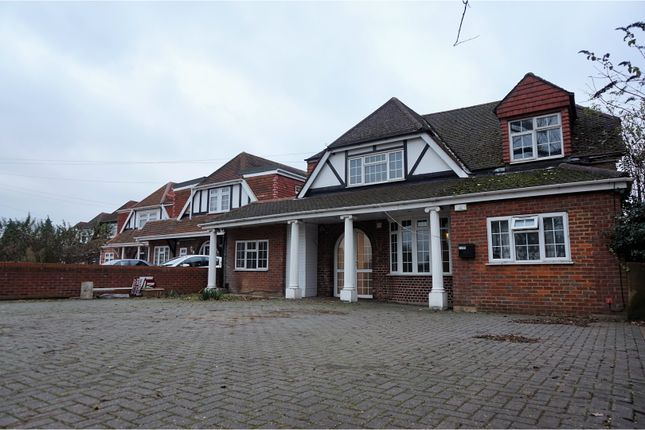 Thumbnail Detached house for sale in London Road, Slough