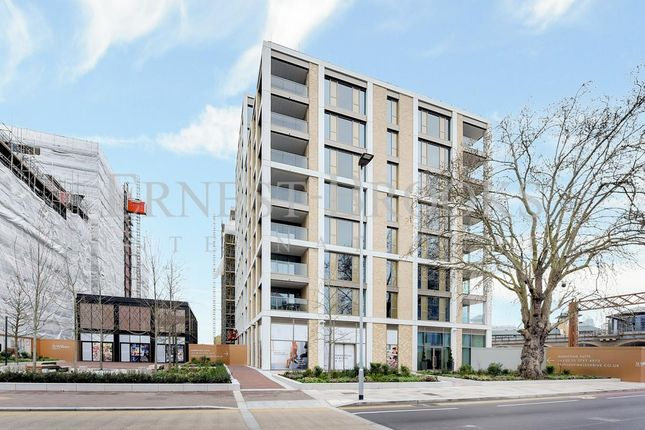 Thumbnail Flat for sale in Bowden House, Prince Of Wales Drive, Battersea