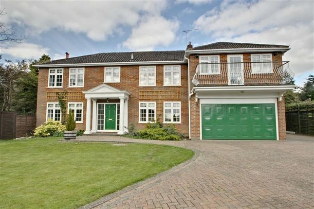 Thumbnail Detached house for sale in Hunters Park, Berkhamsted, Hertfordshire