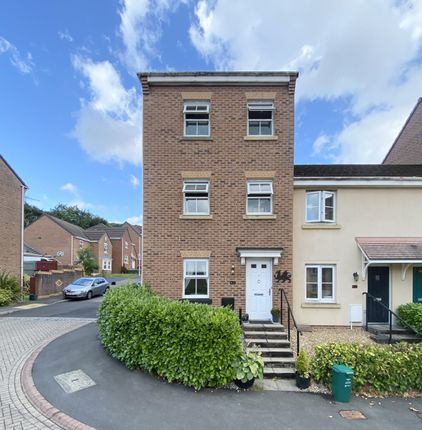 4 bed town house for sale in Glas Y Gors, Aberdare, Mid Glamorgan CF44