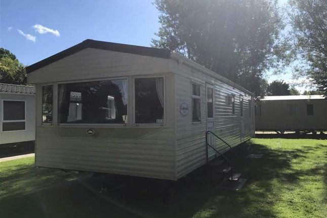 3 bed mobile/park home for sale in Thorpe Park Holiday Centre, Cleethorpes