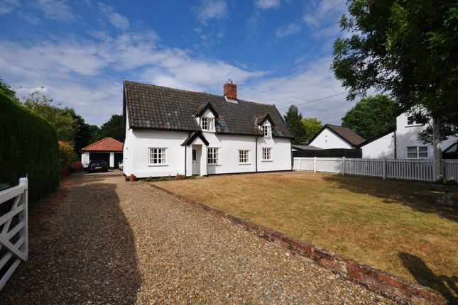 Thumbnail Cottage for sale in Half Moon Lane, Redgrave, Diss