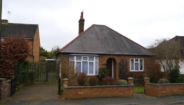 Thumbnail Semi-detached house to rent in Taplow Rd, Taplow, Maidenhead
