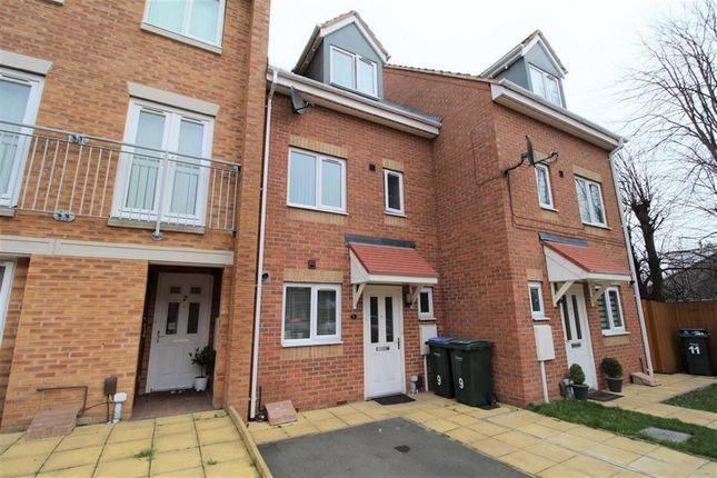 Town house in  Bellamy Close  Coventry  Birmingham
