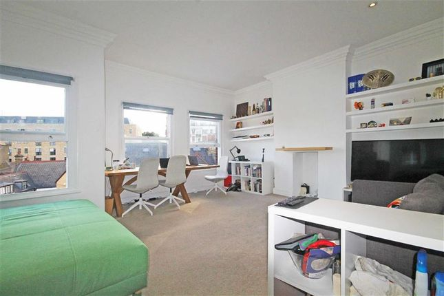 Thumbnail Flat to rent in Burlington Road, London