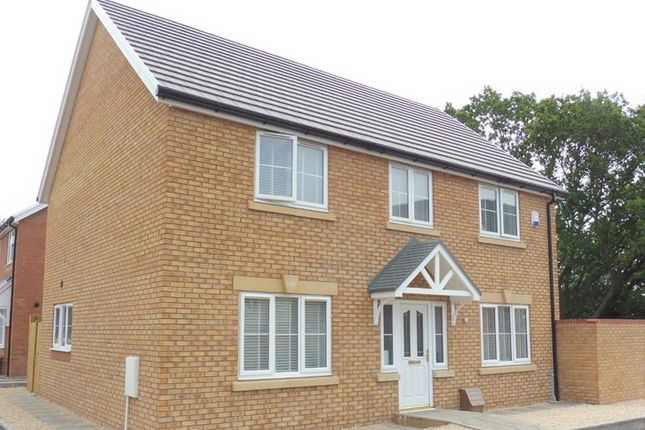 Thumbnail Detached house for sale in Parc Aberaman, Aberaman, Aberdare