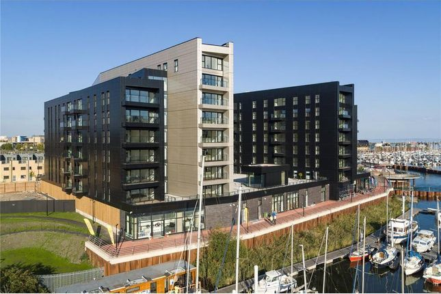 Thumbnail Flat for sale in Bayscape, Cardiff Marina, Cardiff