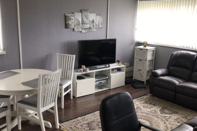 Thumbnail Flat to rent in Ruddington Way, Birmingham