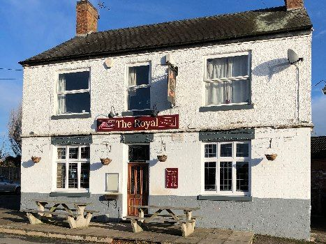 Thumbnail Pub/bar for sale in Coventry Road, Sutton In The Elms, Broughton Astley, Leicester