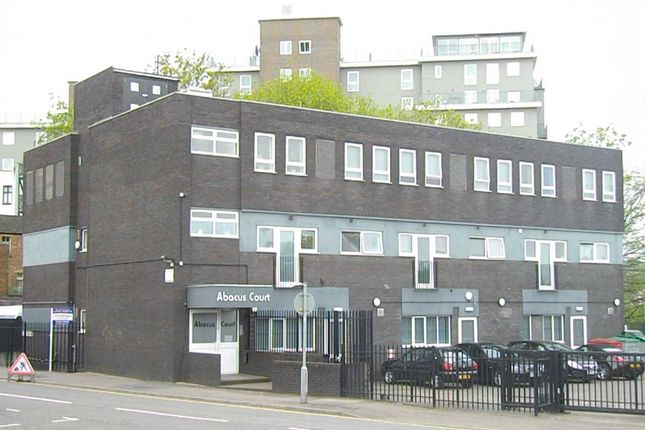 Thumbnail Block of flats for sale in Dudley Street, Luton