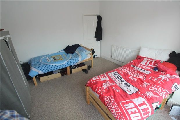 Bedroom Two of Warbreck Drive, Blackpool FY2