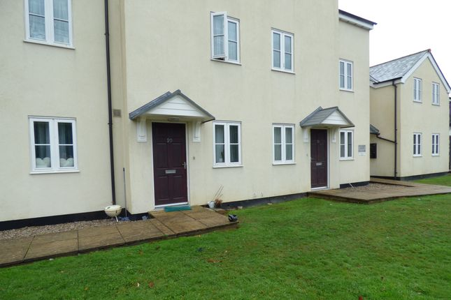 Thumbnail Flat for sale in Hillside Court, St Austel