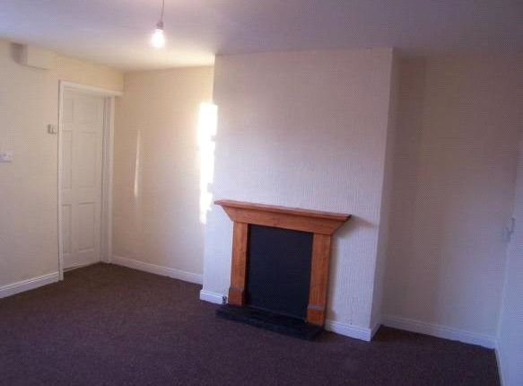 Picture No. 06 of Seymour Road, Maltby, Rotherham, South Yorkshire S66