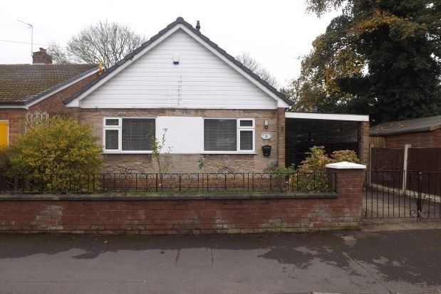 Thumbnail Bungalow to rent in Mayfield Avenue, Widnes