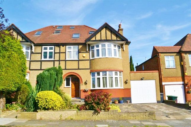 5 bed semi-detached house to rent in The Ridgeway, Friern Barnet