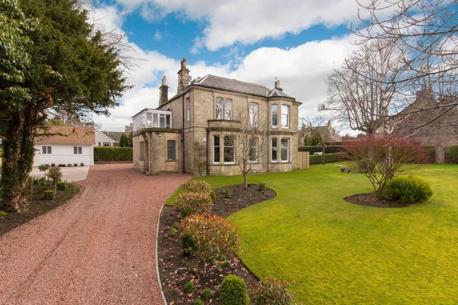 Thumbnail Detached house for sale in 17 Erngath Road, Bo'ness