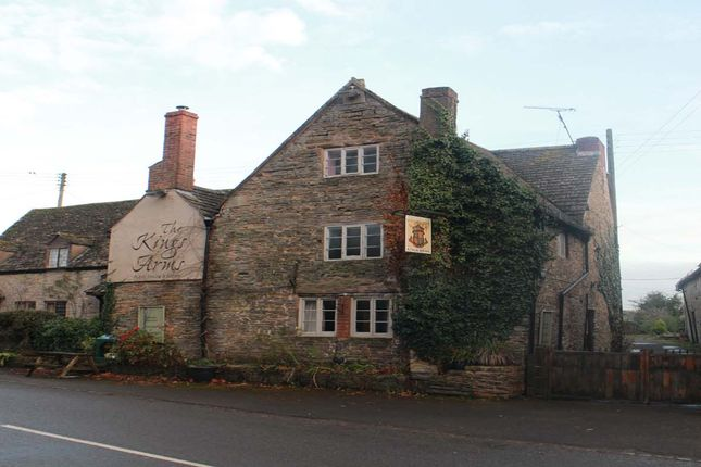 Thumbnail Pub/bar for sale in Bidford Road, Evesham