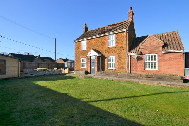 4 bed detached house for sale in Kenwood Road, Heacham, King's Lynn PE31