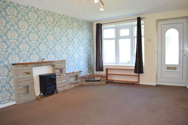 Thumbnail Town house to rent in Parkside Walk, Farsley, Farsley, Pudsey