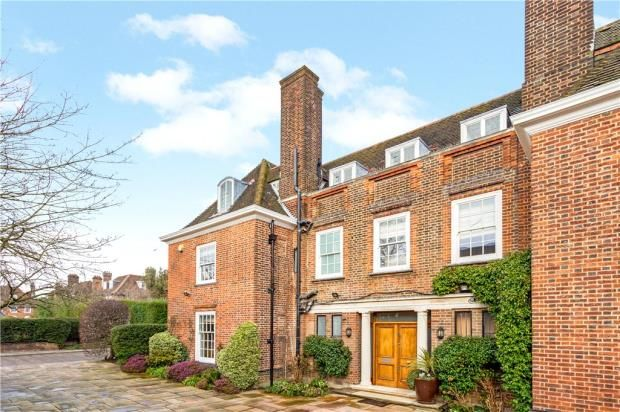 Thumbnail Detached house to rent in Linnell Drive, London