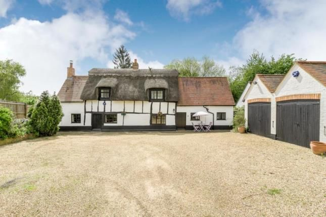 Thumbnail Cottage for sale in The Green, Woughton On The Green, Milton Keynes