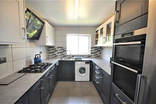 2 bed maisonette for sale in Pershore Road, Basingstoke, Hampshire RG24