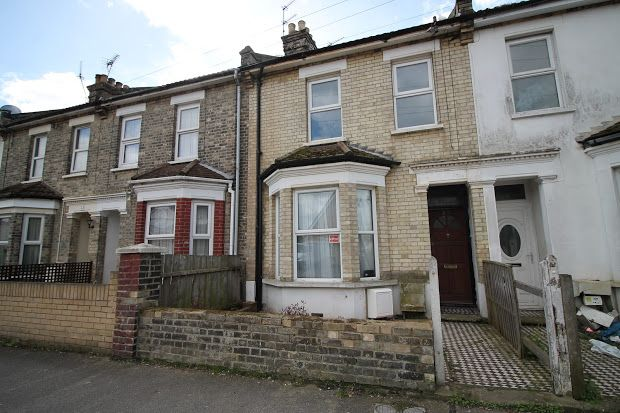 Thumbnail Property for sale in St. Andrews Road, Clacton-On-Sea