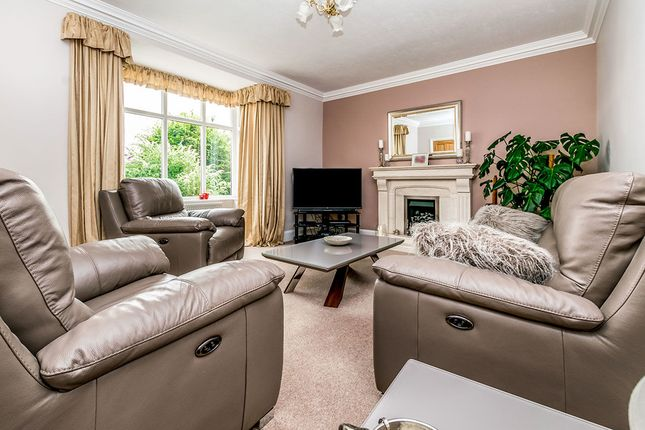 Thumbnail Detached house for sale in Hospital Road, Riddlesden, Keighley