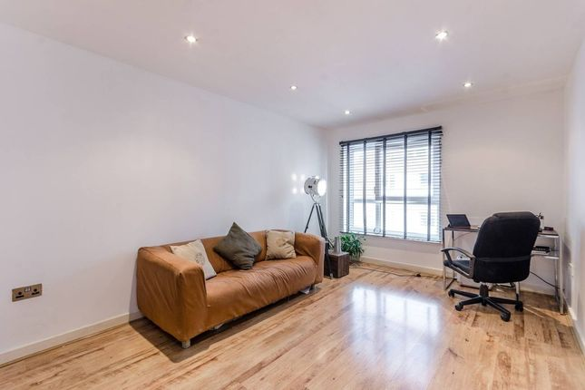 Thumbnail Flat for sale in Westferry Road, London