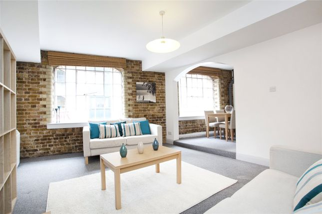 Reception Room of Dundee Court, 73 Wapping High Street, London E1W