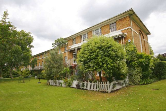 Thumbnail Terraced house to rent in Langford Green, London
