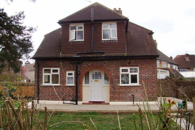 Thumbnail Detached house to rent in Mortimer Crescent, Worcester Park