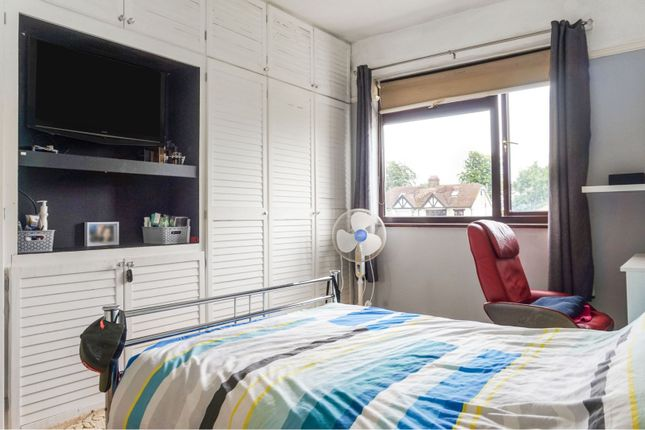 Bedroom Two of Eastern Avenue, Southend-On-Sea SS2