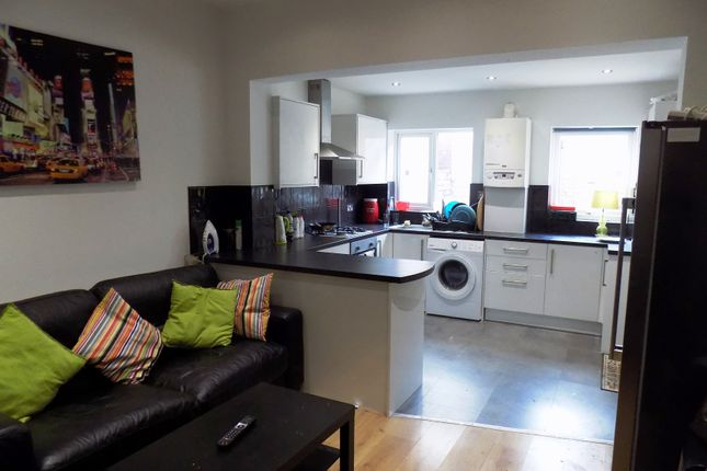 Thumbnail Terraced house to rent in Alderson Road, Sheffield