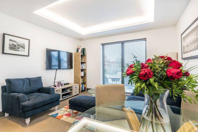 2 bed flat for sale in Wharf House, Twickenham