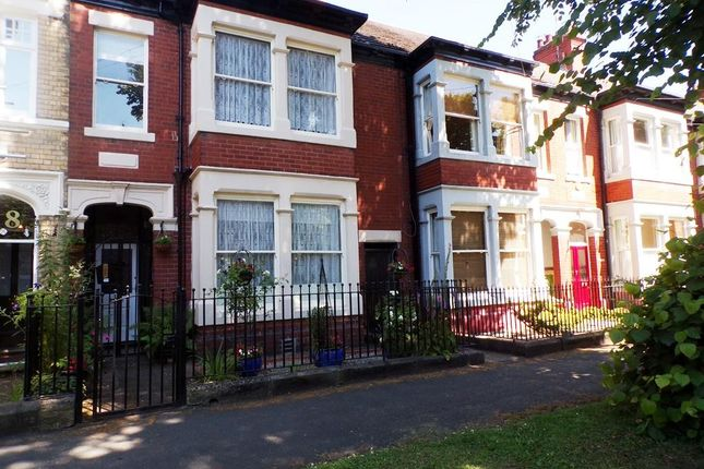 Thumbnail Detached house for sale in Marlborough Avenue, Hull