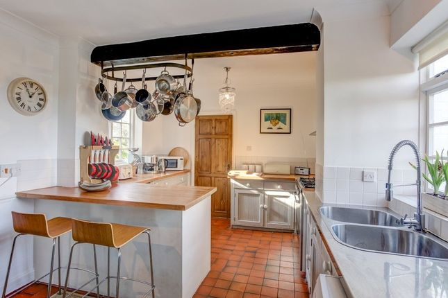 Thumbnail Detached house for sale in Stone Road, Mattishall, Dereham