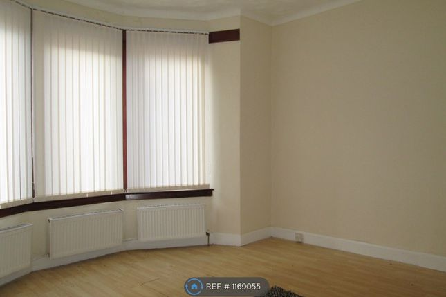 2 bed flat to rent in Highholm Street, Port Glasgow PA14