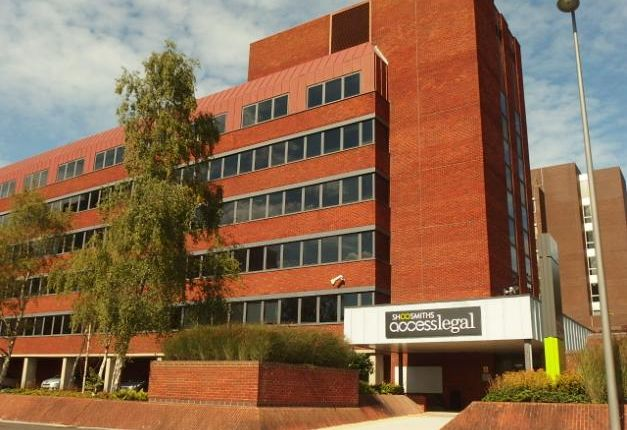 Thumbnail Office to let in Quantum House, Basing View, Basingstoke