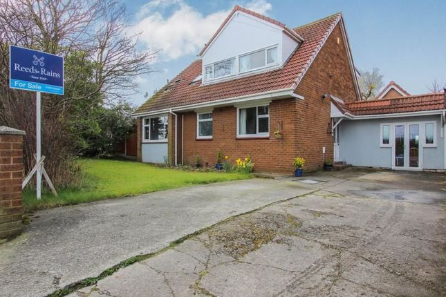Thumbnail Bungalow for sale in Staining Road, Staining, Blackpool