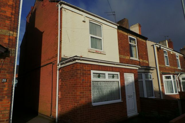 Thumbnail Semi-detached house to rent in North Warren Road, Gainsborough