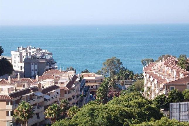 4 bed apartment for sale in Benalmádena, Málaga, Spain