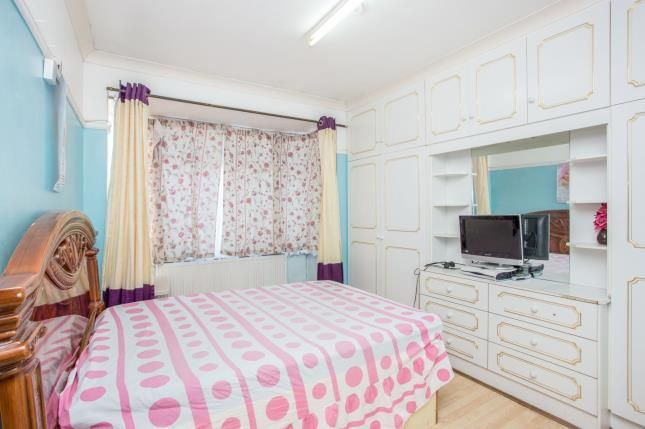 Bedroom 1 of Brent Road, Southall, Middlesex UB2