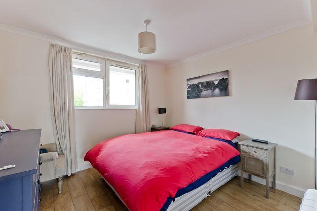 Bedroom of Rosenau Road, London SW11